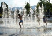Wassersprinkler Kinder