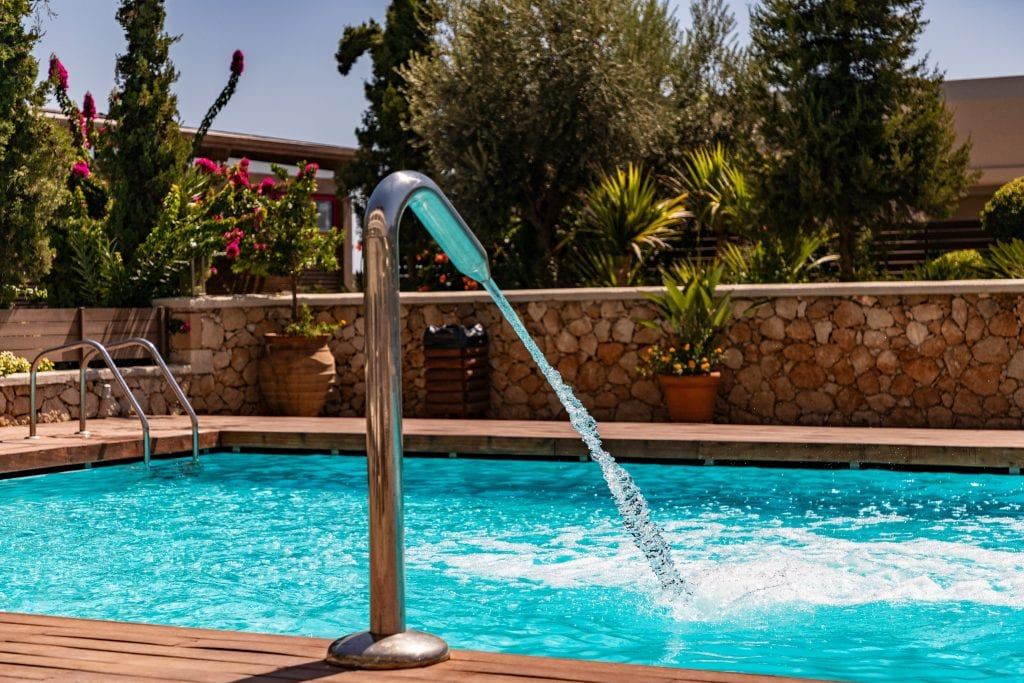 Poolwasser für Pflanzen